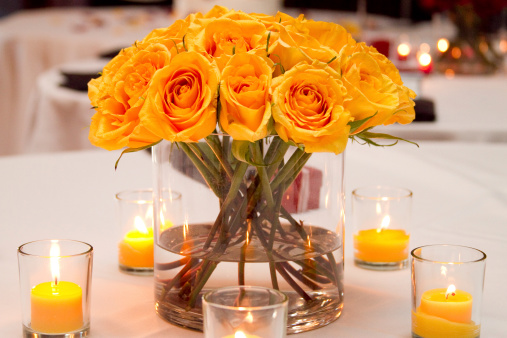 Formalwear「Wedding Bouquet on Table with Votive Candles Yellow Flowers」:スマホ壁紙(13)