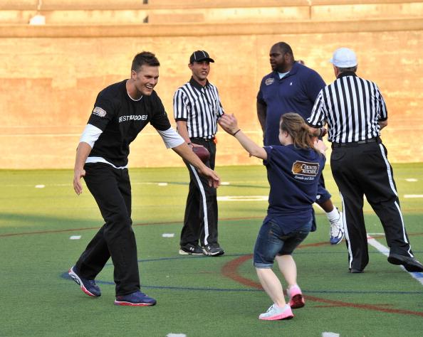 成功「Tom Brady Football Challenge For The Best Buddies Challenge: Hyannis Port」:写真・画像(13)[壁紙.com]