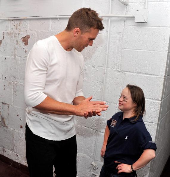 成功「Tom Brady Football Challenge For The Best Buddies Challenge: Hyannis Port」:写真・画像(12)[壁紙.com]