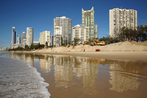 Eroded「Gold Coast Battles Beach Erosion」:写真・画像(14)[壁紙.com]