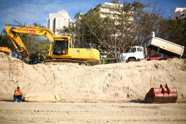 Eroded「Gold Coast Battles Beach Erosion」:写真・画像(15)[壁紙.com]