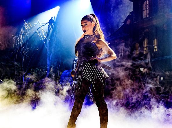 Ariana Grande「iHeartMedia Presents Ariana Grande World Premiere Event On The Honda Stage At The iHeartRadio Theater Los Angeles」:写真・画像(2)[壁紙.com]