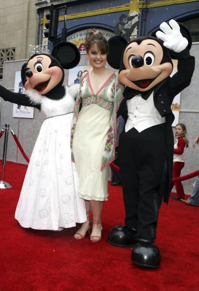 ミニーマウス「Disney's Premiere Of The 'Ice Princess' - Arrivals」:写真・画像(7)[壁紙.com]