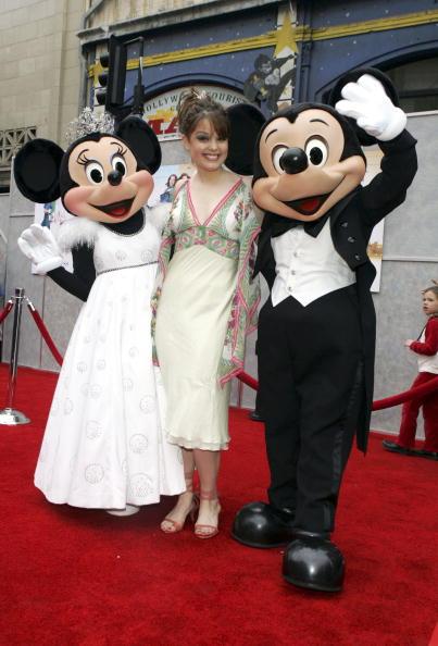ミニーマウス「Disney's Premiere Of The 'Ice Princess' - Arrivals」:写真・画像(15)[壁紙.com]