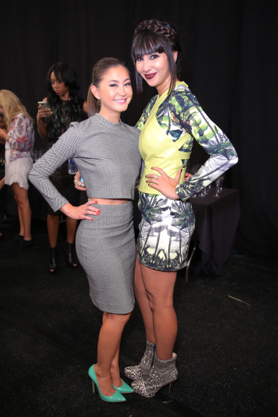 Kimiko Glenn「Nicole Miller - Backstage - Mercedes-Benz Fashion Week Spring 2015」:写真・画像(11)[壁紙.com]
