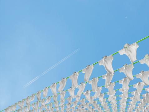 豊富「Polo shirts hung out to dry」:スマホ壁紙(0)