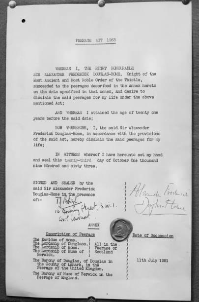 Document「Instrument Of Disclaimer」:写真・画像(12)[壁紙.com]