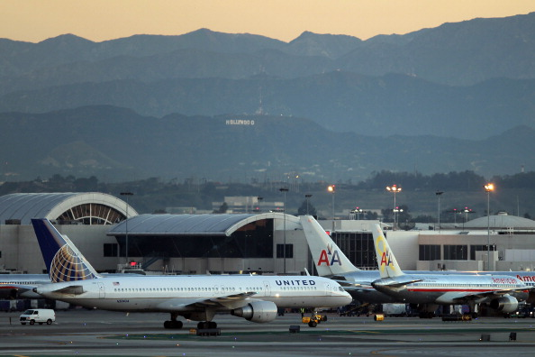 LAX Airport「FAA Grounds U.S. Boeing 787's After String Of Malfunctions」:写真・画像(14)[壁紙.com]