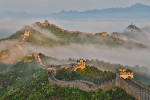 Ancient Civilization「Fog along Great Wall China, Jinshanling」:スマホ壁紙(8)