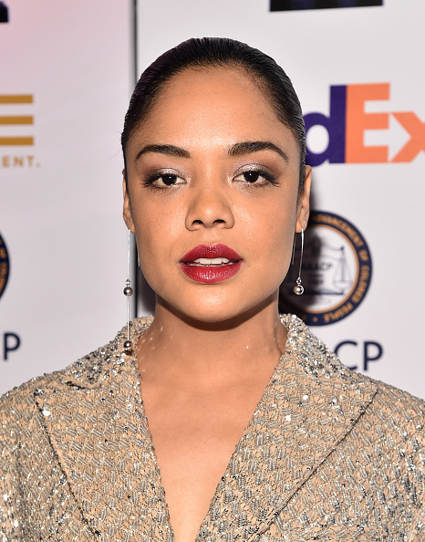 Maroon Lipstick「49th NAACP Image Awards - Non-Televised Awards Dinner and Ceremony」:写真・画像(11)[壁紙.com]