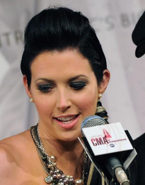Eyeliner「2011 CMA Awards Nominations」:写真・画像(6)[壁紙.com]