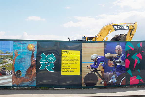 2012 Summer Olympics - London「Olympic construction site hoardings, Stratford, London, UK, 2008」:写真・画像(16)[壁紙.com]