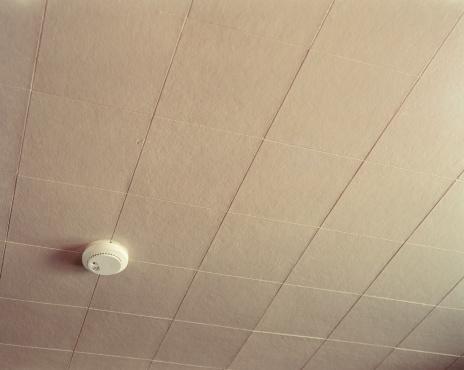 Motel「Smoke alarm」:スマホ壁紙(19)