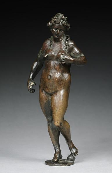 Breast「Fountain Figure Of Abundance」:写真・画像(16)[壁紙.com]