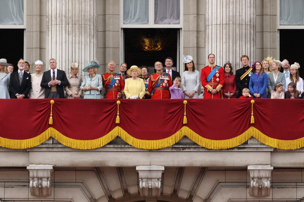 Color Image「Trooping The Colour」:写真・画像(19)[壁紙.com]