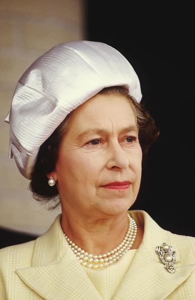 Visit「Queen Elizabeth II at the University of Manitoba」:写真・画像(13)[壁紙.com]