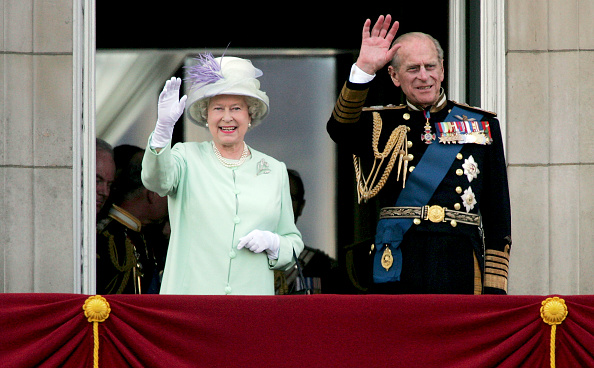 Prince - Royal Person「60th Anniversary Of End Of WWII - Buckingham Palace Flypast」:写真・画像(15)[壁紙.com]