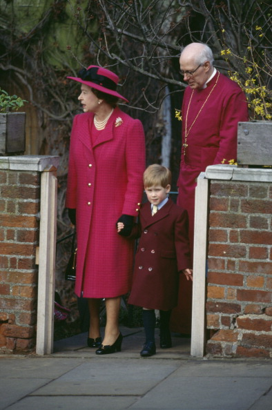 Easter「Queen Elizabeth II」:写真・画像(11)[壁紙.com]