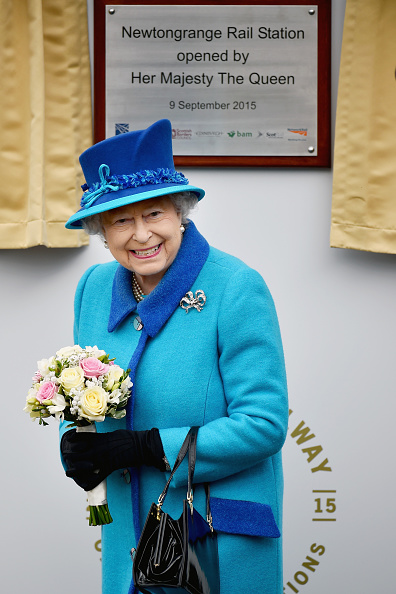 Long「Queen Elizabeth II Becomes Britain's Longest Reigning Monarch」:写真・画像(17)[壁紙.com]