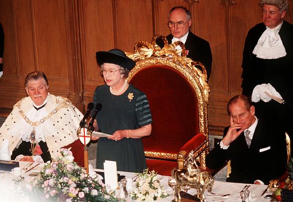 Speech「GBR: Queen Elizabeth II makes a speech on her 40th Anniversary」:写真・画像(8)[壁紙.com]