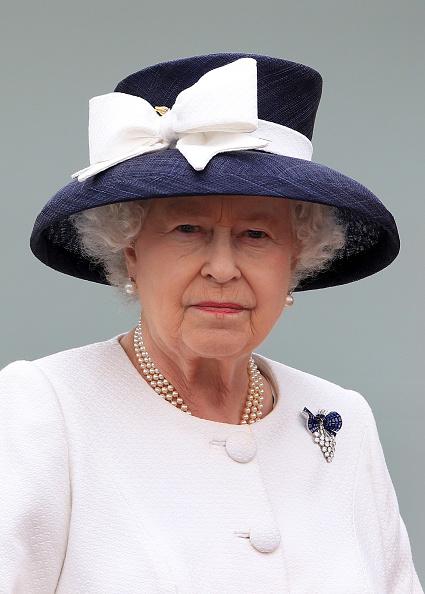 Tied Bow「Queen Elizabeth II Visits Canada - Day 2」:写真・画像(11)[壁紙.com]