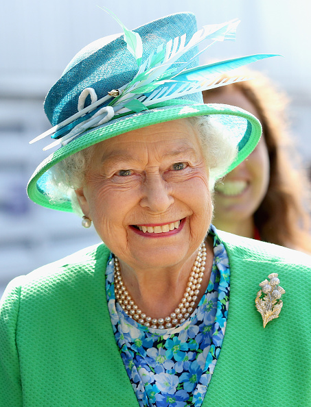Green Color「Royal Family & Celebrities At The 20th Commonwealth Games - Day 1」:写真・画像(10)[壁紙.com]
