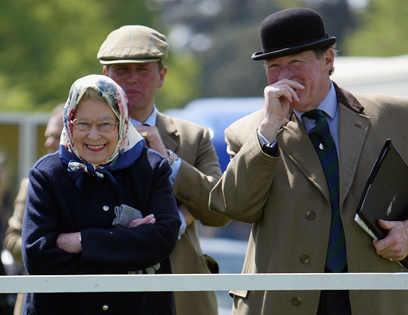 Scarf「Royal Windsor Horse Show - Day One」:写真・画像(4)[壁紙.com]