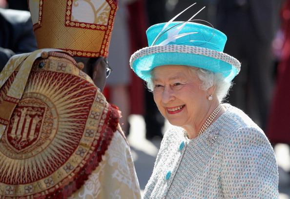 York - Yorkshire「Queen Elizabeth II Visits York For The Royal Maundy Service」:写真・画像(3)[壁紙.com]