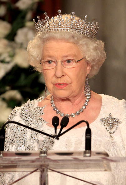 Necklace「Queen Elizabeth II Visits Canada - Day 8」:写真・画像(1)[壁紙.com]