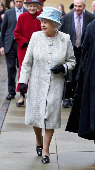Topix「Queen Elizabeth II Visits Brasenose College」:写真・画像(14)[壁紙.com]