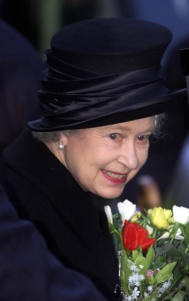 Bouquet「Queen Elizabeth II」:写真・画像(1)[壁紙.com]