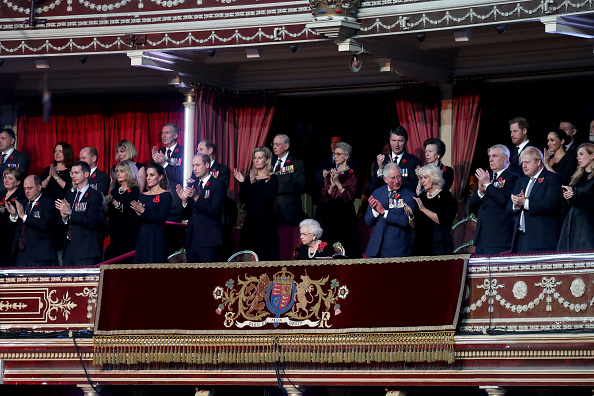 Royal Albert Hall「The Queen And Members Of The Royal Family Attend The Annual Royal British Legion Festival Of Remembrance」:写真・画像(8)[壁紙.com]