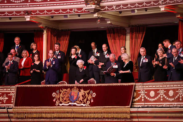 Royal Albert Hall「The Royal Family Attend The Festival Of Remembrance」:写真・画像(13)[壁紙.com]