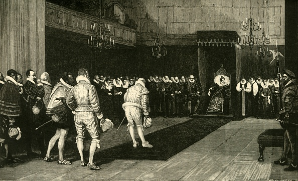 Elizabethan Style「Queen Elizabeth Receiving The French Ambassadors After The Massacre Of St Bartholomew」:写真・画像(15)[壁紙.com]