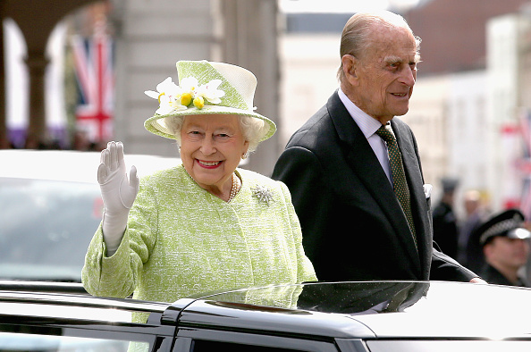 Prince - Royal Person「The Queen & Duke Of Edinburgh Carry Out Engagements In Windsor」:写真・画像(19)[壁紙.com]