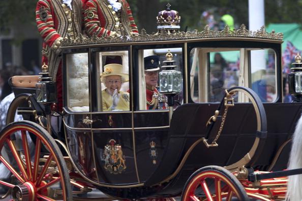 Tom Stoddart Archive「Royal Wedding Procession」:写真・画像(3)[壁紙.com]
