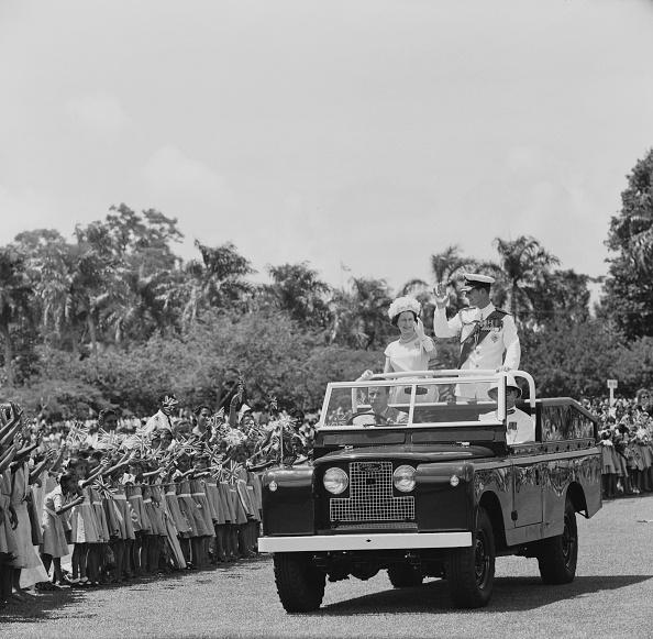 Visit「Queen Elizabeth II Visits Fiji」:写真・画像(8)[壁紙.com]