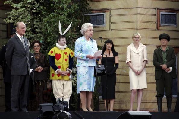 MJ Kim「The Queen's 80th Birthday - Children's Garden Party」:写真・画像(1)[壁紙.com]