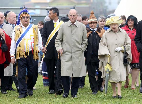 Single Flower「Queen Elizabeth II Visits Canada - Day 1」:写真・画像(4)[壁紙.com]
