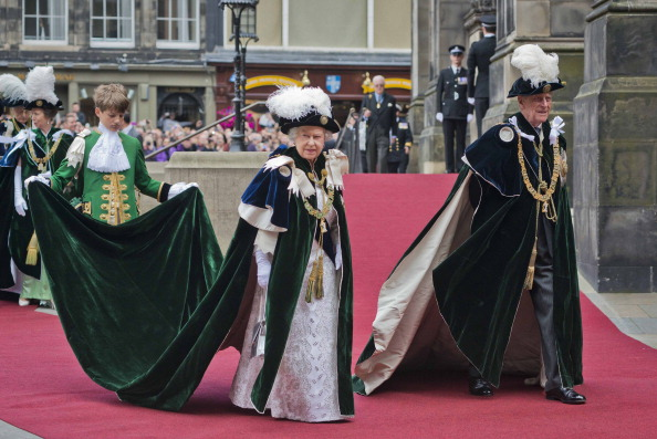 Church「The Queen Attends The Thistle Service At St Giles Cathedral」:写真・画像(1)[壁紙.com]