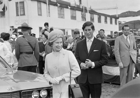 Purse「Queen In Canada」:写真・画像(4)[壁紙.com]