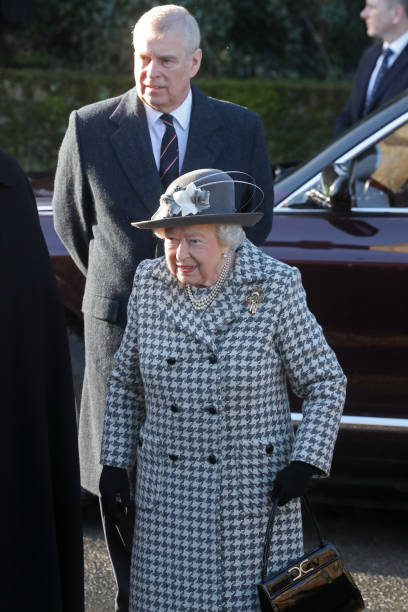 The Queen Attends Church At Hillington In Sandringham:ニュース(壁紙.com)