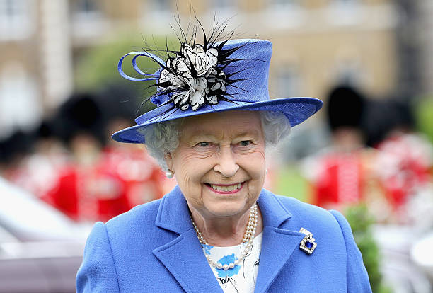 The Queen Visits The Honourable Artillery Company:ニュース(壁紙.com)