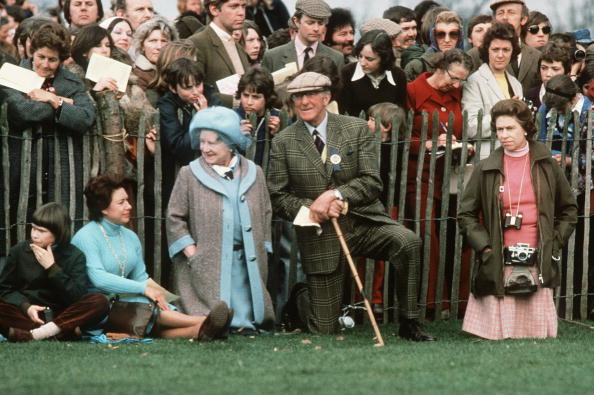 Horse「GBR: Queen Elizabeth II watches the Badminton Horse Trials」:写真・画像(2)[壁紙.com]