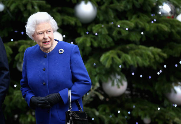 Queen Elizabeth II Attends The Government's Weekly Cabinet Meeting:ニュース(壁紙.com)