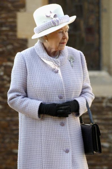 King's Lynn「British Royals Attend Christmas Day Service At Sandringham」:写真・画像(18)[壁紙.com]