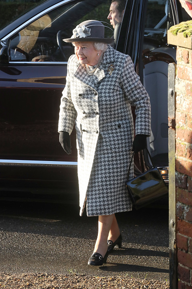 King's Lynn「The Queen Attends Church At Hillington In Sandringham」:写真・画像(5)[壁紙.com]