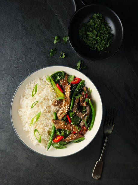 Oriental beef stir fry with basmati rice:スマホ壁紙(壁紙.com)