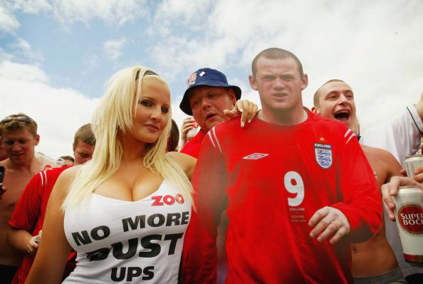 Graeme Robertson「England Fans Gather To Watch Quarter Final」:写真・画像(7)[壁紙.com]