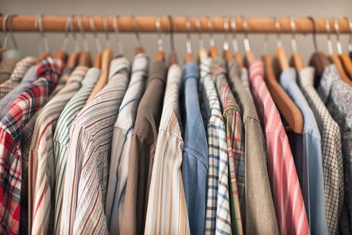 Casual Clothing「Shirts on Hangers」:スマホ壁紙(16)